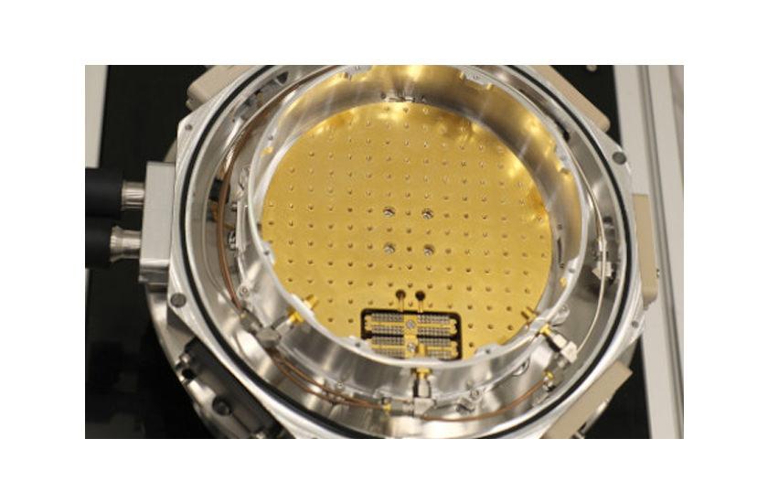 optical cryostat XXL cold plate
