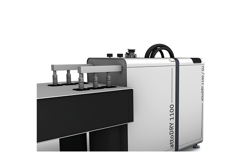 cryostats, features, fixation to optical table