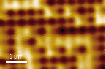 High Resolution MFM on Bit Patterned Media Co Pd at 10K cryogenic atomic force microscope attoAFM for MFM